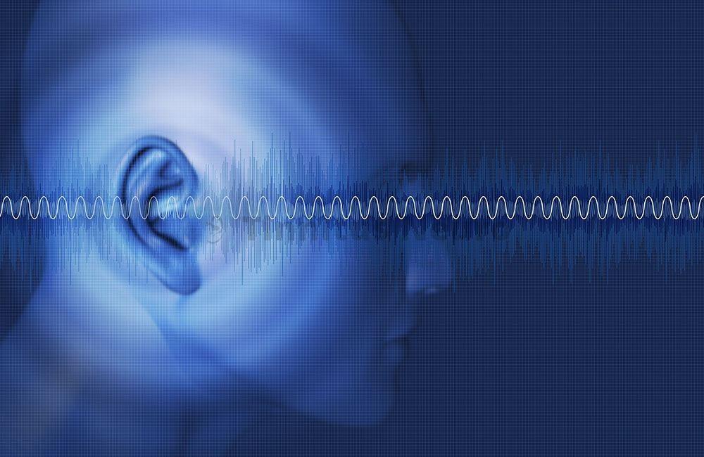 После удара в ухо появился шум