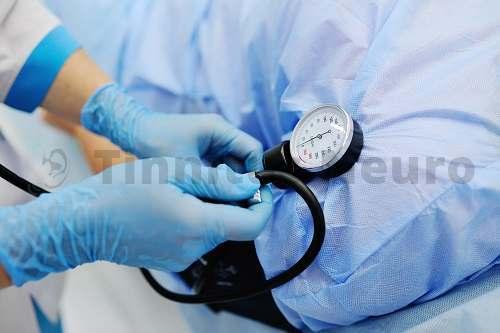 Сердечно-сосудистые заболевания – частая причина шума в голове и ушах в пожилом возрасте