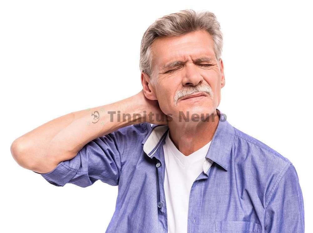 Шум в затылке - симптом, который нужно исследовать, найти причину и начать лечение