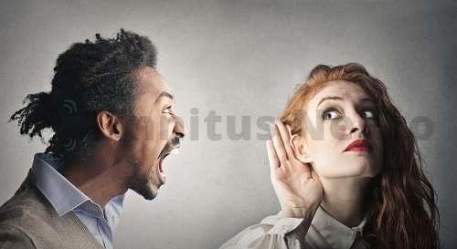 Односторонняя или двусторонняя заложенность уха часто появляется из-за шумовых перегрузок