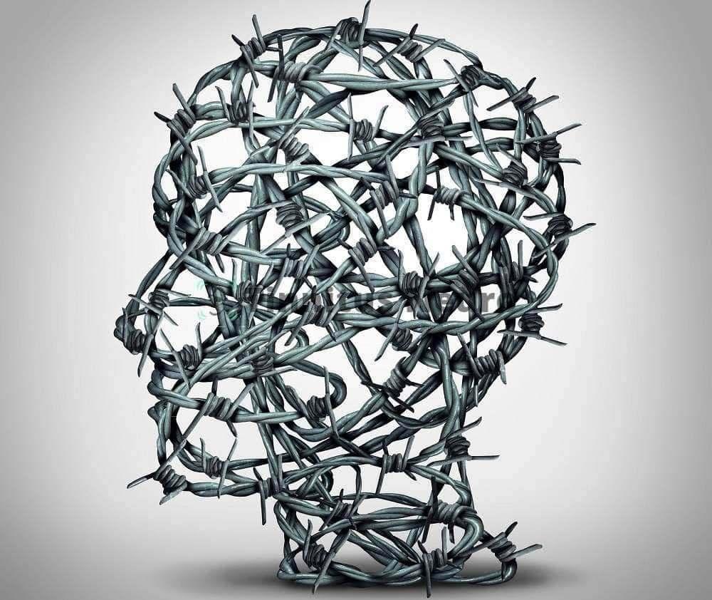 Сковывающие головные боли и шум в ушах нужно лечить