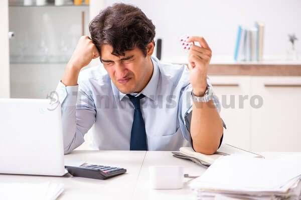 Частый стресс вынуждает пить таблетки